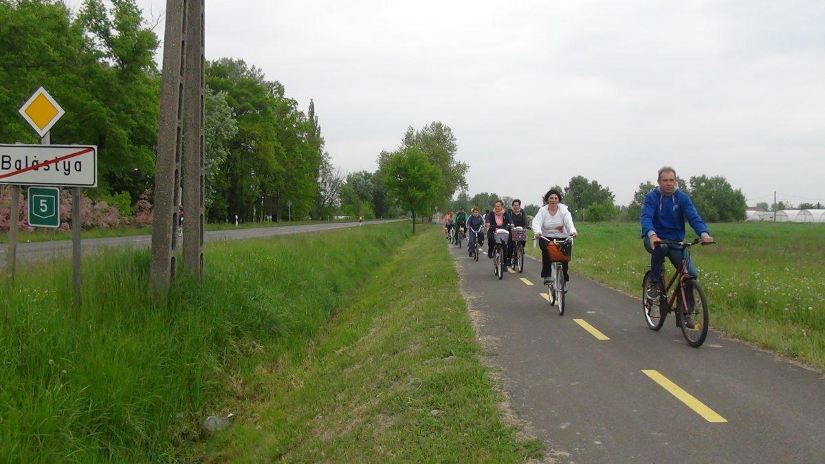 Biciklitúra Pusztaszerre