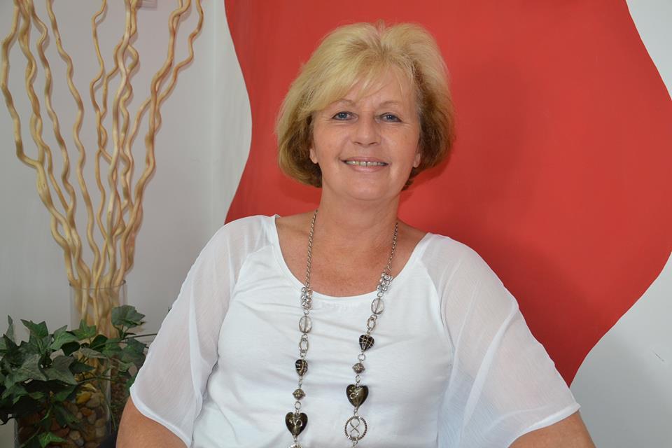 Csontos Mária vezető szaktanácsadó lett