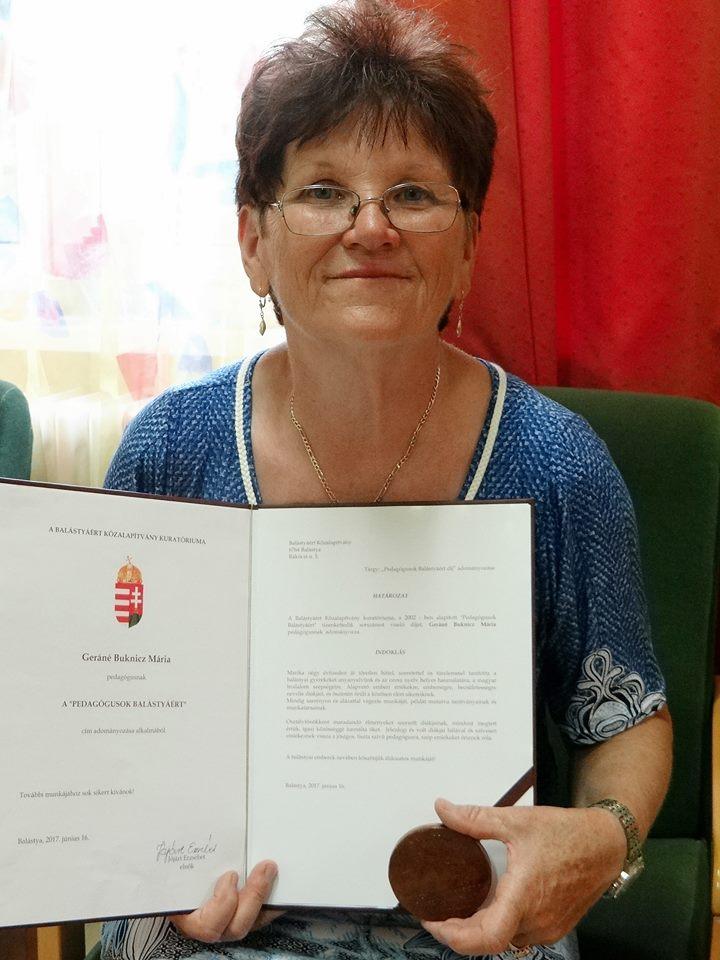 Geráné Buknicz Mária Pedagógusok Balástyáért díjat kapott