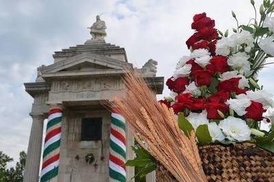 Honvédelmi bemutató és megyei civil értékek – Szent István napra hív az Emlékpark