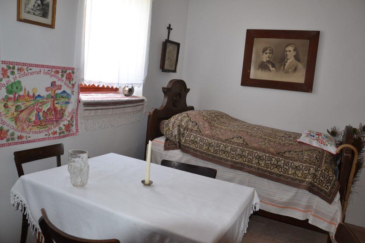 Népi Emlékgyűjtemény avatója a balástyai Állatsimogatóban