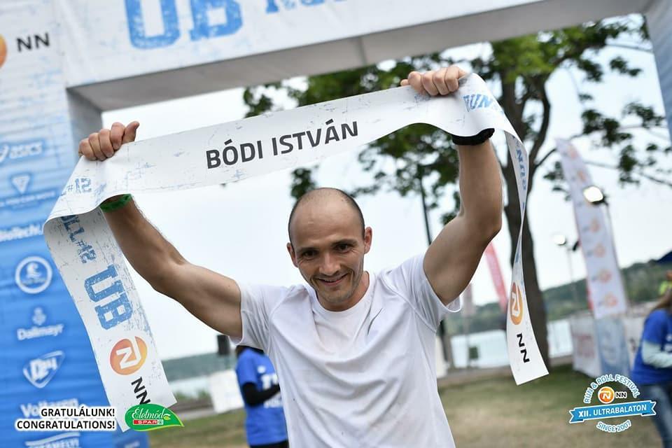 Bódi István az Ultrabalaton futóversenyen