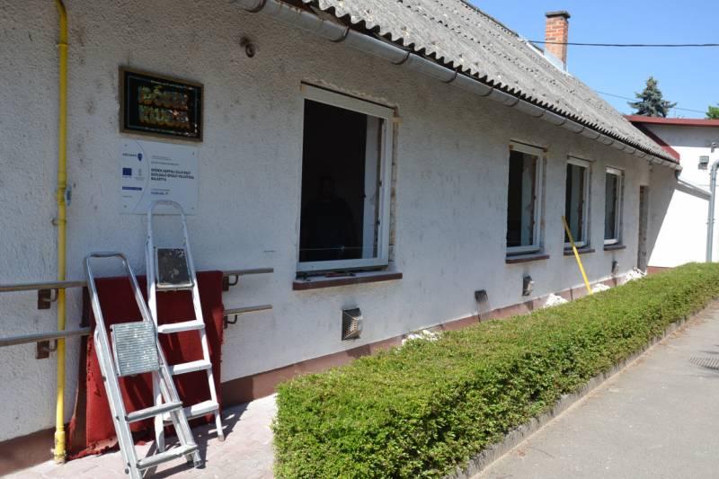 Megkezdődött az idősek nappali klubja felújítása