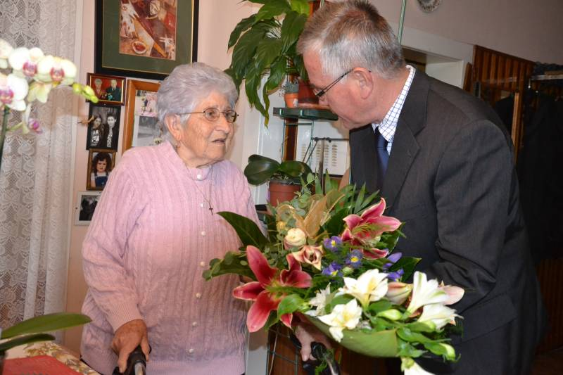 90 éves Bárkányi Gézáné Dékány Erzsébet